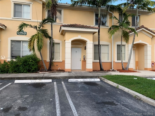 3 Bedrooms, Garden View Villas South Rental in Miami, FL for $1,850 - Photo 1