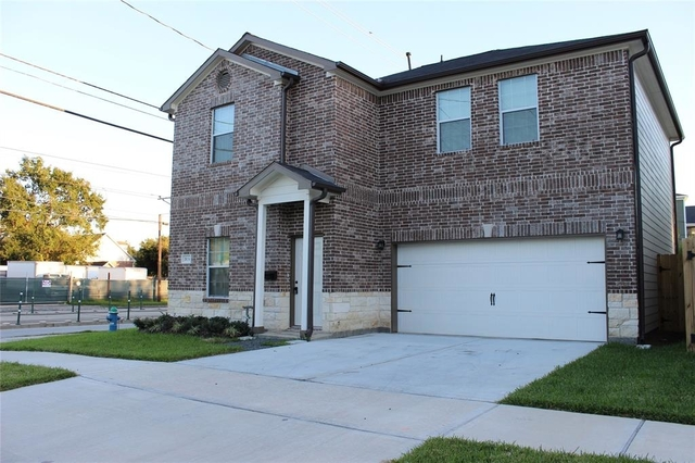 3 Bedrooms, Lindale Park Rental in Houston for $2,600 - Photo 1