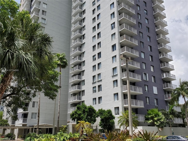 2 Bedrooms, Park West Rental in Miami, FL for $1,750 - Photo 1