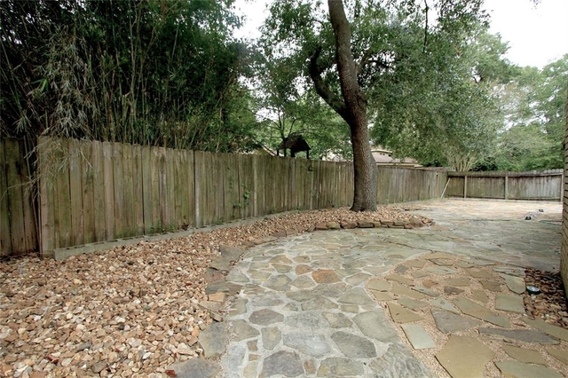 3 Bedrooms, Greentree Village Rental in Houston for $1,650 - Photo 2