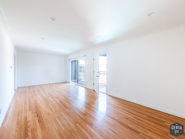 2 Bedrooms, Cheviot Hills Rental in Los Angeles, CA for $2,450 - Photo 2