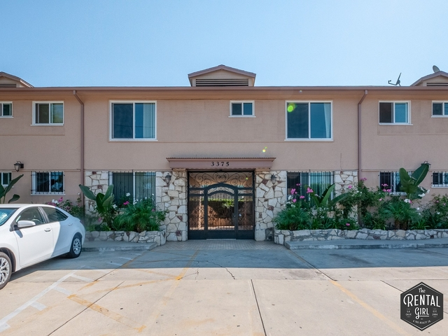 2 Bedrooms, Cheviot Hills Rental in Los Angeles, CA for $2,450 - Photo 1