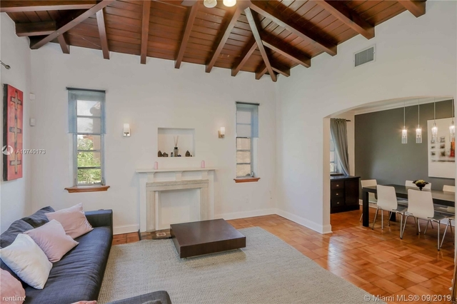2 Bedrooms, Brickell Estates Rental in Miami, FL for $2,500 - Photo 2
