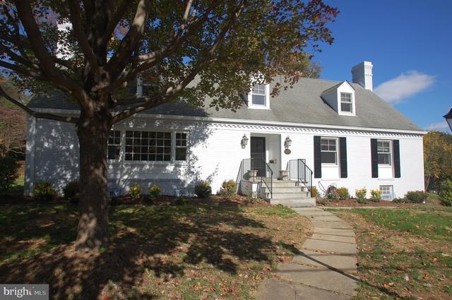 5 Bedrooms, Old Glebe Rental in Washington, DC for $4,950 - Photo 2