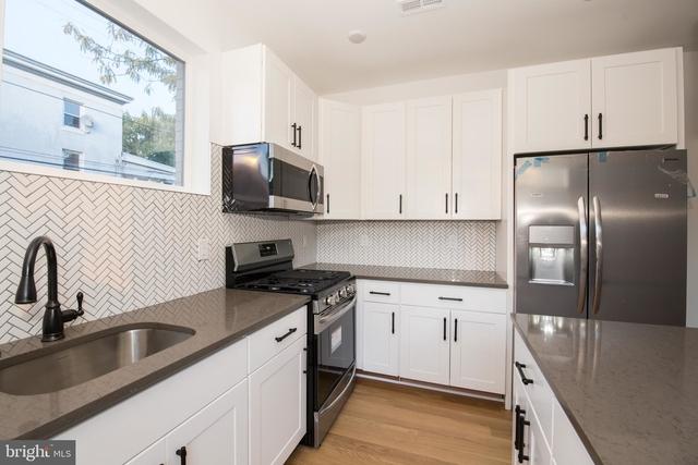 3 Bedrooms, North Philadelphia East Rental in Philadelphia, PA for $1,650 - Photo 2