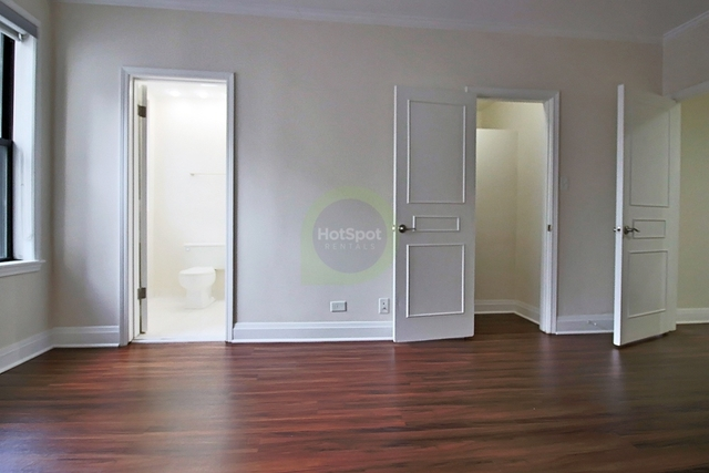2 Bedrooms, Gold Coast Rental in Chicago, IL for $4,235 - Photo 2