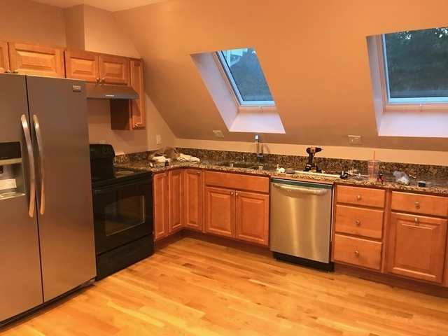 2 Bedrooms, Newtonville Rental in Boston, MA for $2,300 - Photo 1