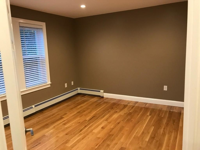 2 Bedrooms, Newtonville Rental in Boston, MA for $2,300 - Photo 2