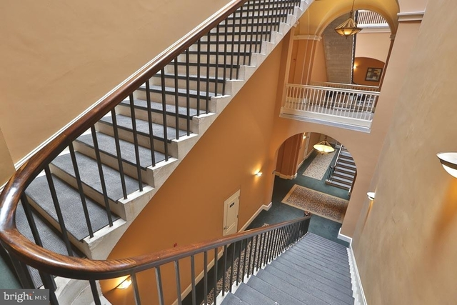 1 Bedroom, Graduate Hospital Rental in Philadelphia, PA for $1,995 - Photo 2