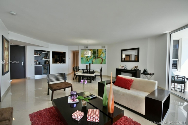3 Bedrooms, Brickell Key Rental in Miami, FL for $4,500 - Photo 2