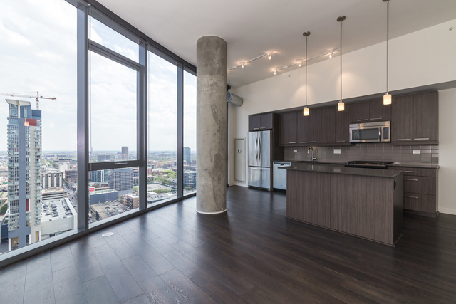 3 Bedrooms, Fulton Market Rental in Chicago, IL for $4,100 - Photo 2