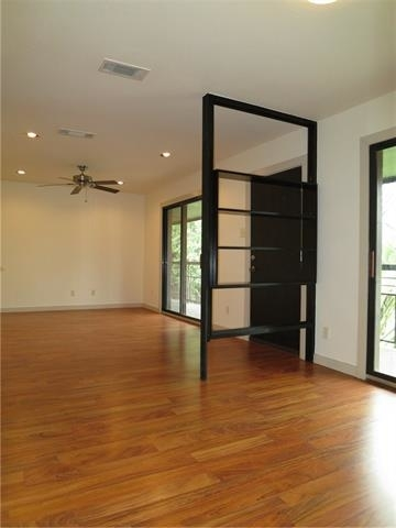2 Bedrooms, North Oaklawn Rental in Dallas for $1,475 - Photo 1