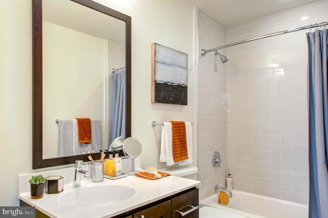 4 Bedrooms, Fairmount - Art Museum Rental in Philadelphia, PA for $5,093 - Photo 2