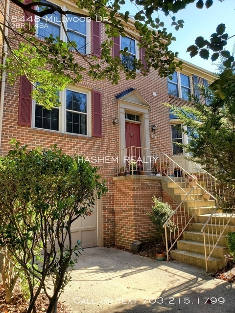 3 Bedrooms, West Springfield Rental in Washington, DC for $2,500 - Photo 1