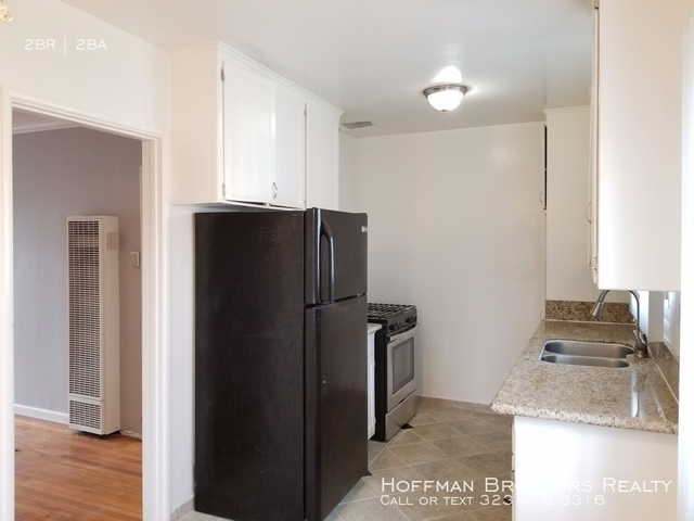 2 Bedrooms, Westchester Rental in Los Angeles, CA for $2,300 - Photo 1