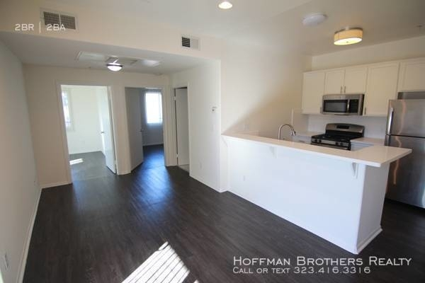 2 Bedrooms, Rampart Village Rental in Los Angeles, CA for $2,295 - Photo 1