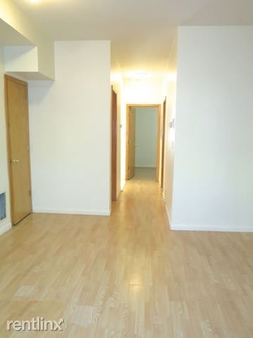 2 Bedrooms, Grand Boulevard Rental in Chicago, IL for $1,250 - Photo 2