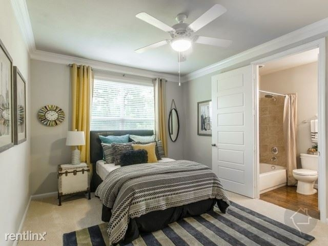 2 Bedrooms, The Woodlands Rental in Houston for $1,250 - Photo 2