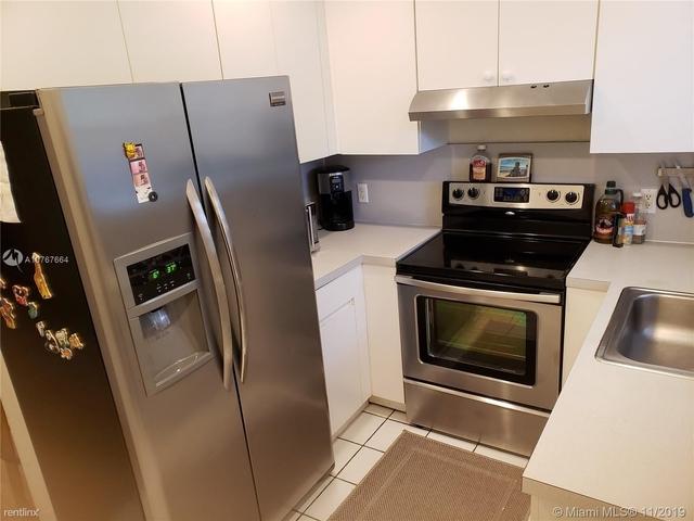 2 Bedrooms, Lincoln Manor Rental in Miami, FL for $2,400 - Photo 1