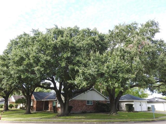 4 Bedrooms, Braeburn Valley Rental in Houston for $1,795 - Photo 2