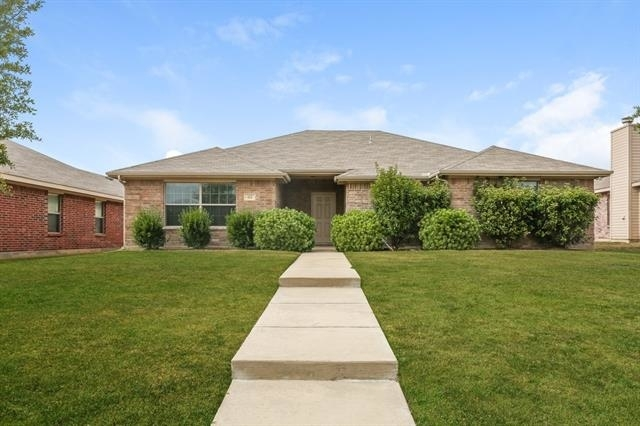 4 Bedrooms, Hearthstone Rental in Dallas for $1,615 - Photo 1