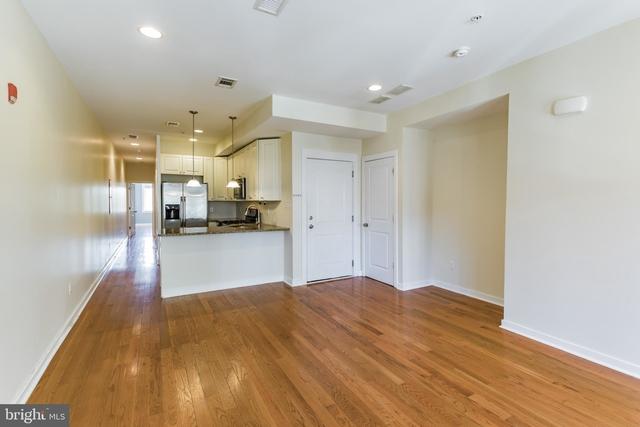 2 Bedrooms, Queen Village - Pennsport Rental in Philadelphia, PA for $1,950 - Photo 2