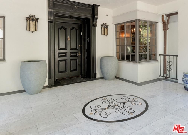 7 Bedrooms, Holmby Hills Rental in Los Angeles, CA for $45,000 - Photo 2