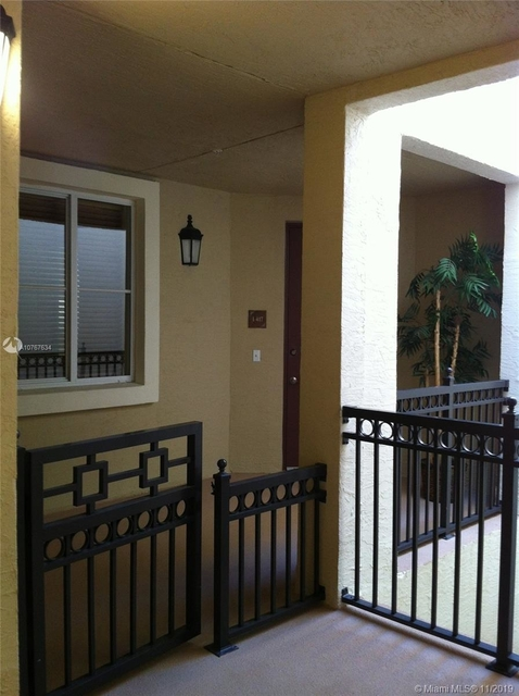 2 Bedrooms, Sawgrass Lakes Rental in Miami, FL for $2,100 - Photo 2