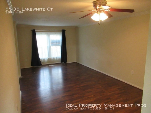 3 Bedrooms, Kings Park West Rental in Washington, DC for $2,400 - Photo 2