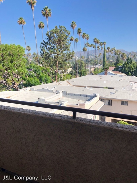 1 Bedroom, Hollywood United Rental in Los Angeles, CA for $1,775 - Photo 2