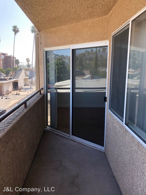 1 Bedroom, Hollywood United Rental in Los Angeles, CA for $1,775 - Photo 1