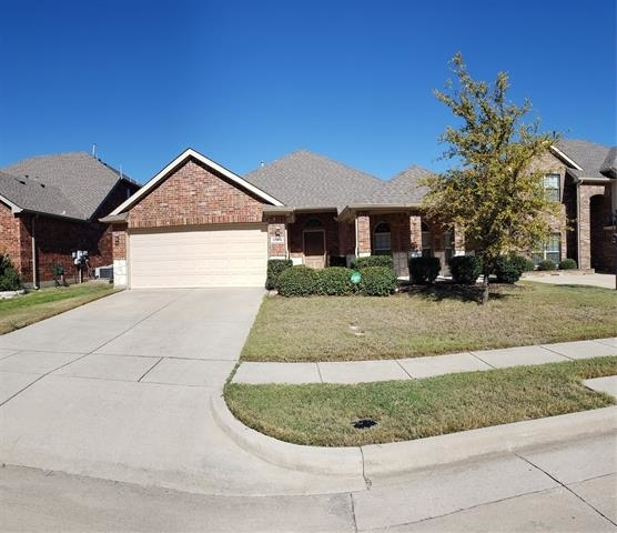 3 Bedrooms, McKinney Rental in Dallas for $1,800 - Photo 2
