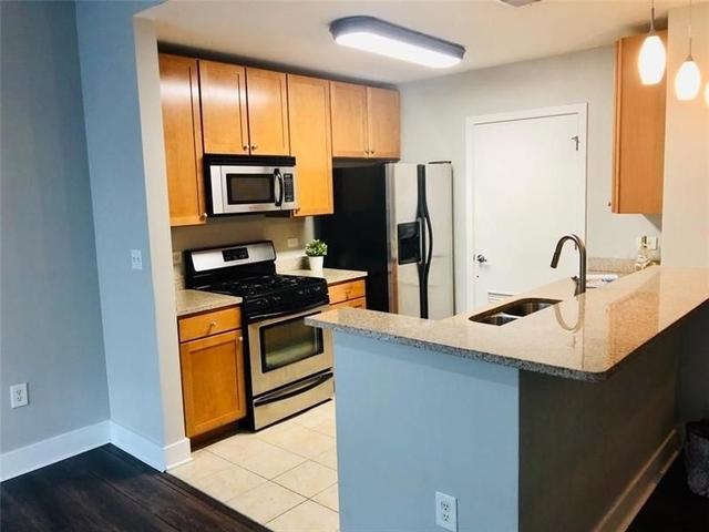 2 Bedrooms, Georgia State University Rental in Atlanta, GA for $1,950 - Photo 2