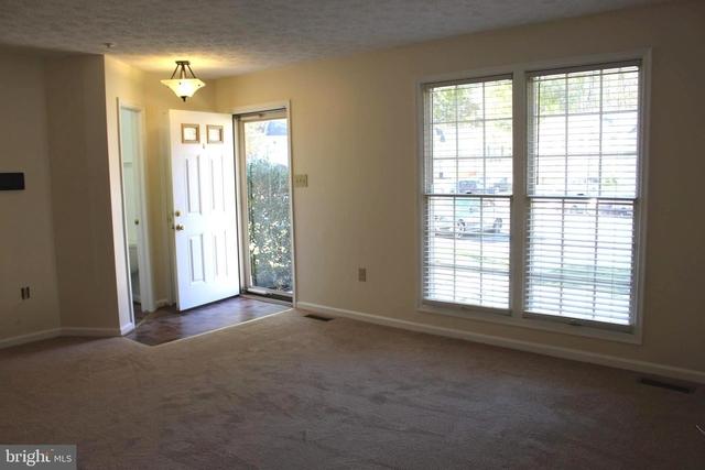 3 Bedrooms, Marlton Rental in Washington, DC for $1,900 - Photo 2
