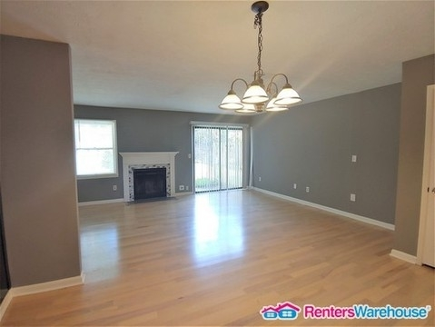 2 Bedrooms, Redan Rental in Atlanta, GA for $1,095 - Photo 2
