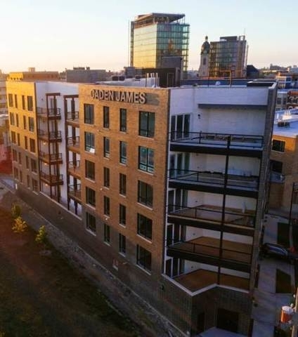 3 Bedrooms, River West Rental in Chicago, IL for $4,400 - Photo 2