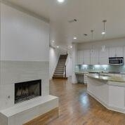 2 Bedrooms, Westchester Rental in Dallas for $3,185 - Photo 2