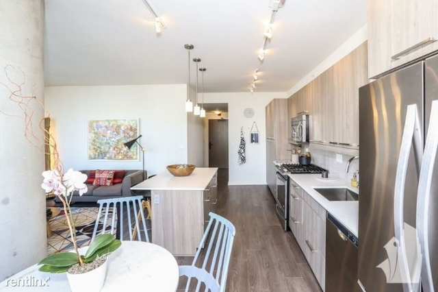 2 Bedrooms, Fulton Market Rental in Chicago, IL for $2,971 - Photo 2