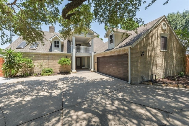 4 Bedrooms, Briargrove Park Rental in Houston for $2,500 - Photo 1