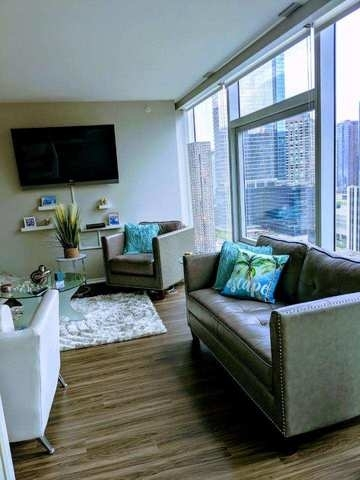 1 Bedroom, Streeterville Rental in Chicago, IL for $2,500 - Photo 2