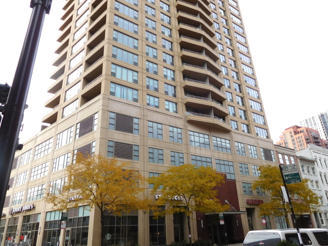 1 Bedroom, Fulton River District Rental in Chicago, IL for $2,650 - Photo 2