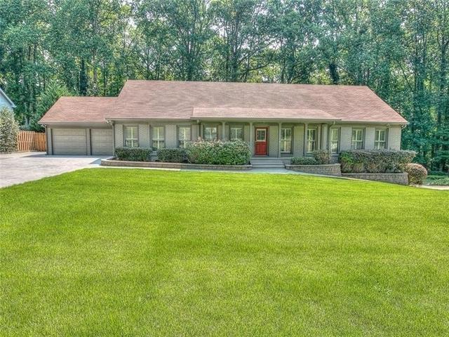 6 Bedrooms, Sandy Springs Rental in Atlanta, GA for $3,950 - Photo 1