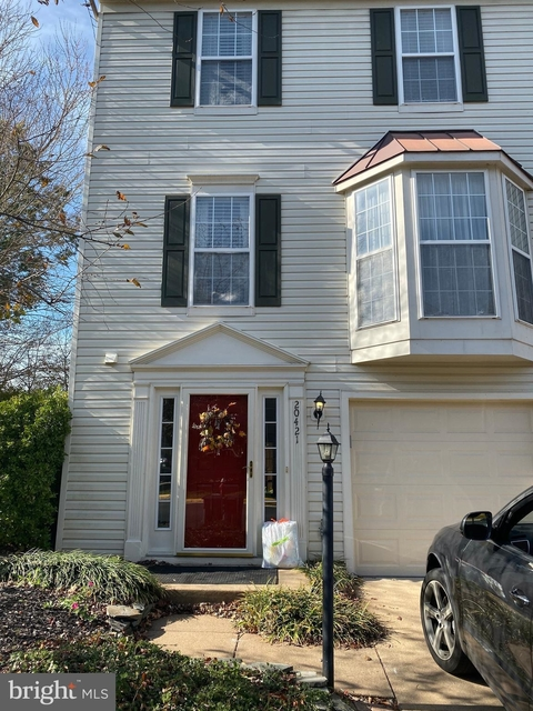 3 Bedrooms, Potomac Lakes Rental in Washington, DC for $2,150 - Photo 1