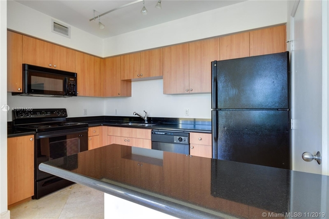 1 Bedroom, West Avenue Rental in Miami, FL for $2,000 - Photo 2