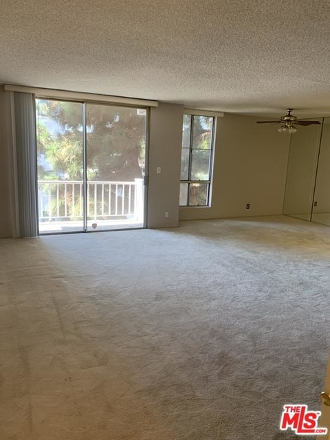 2 Bedrooms, Westwood Rental in Los Angeles, CA for $2,950 - Photo 2
