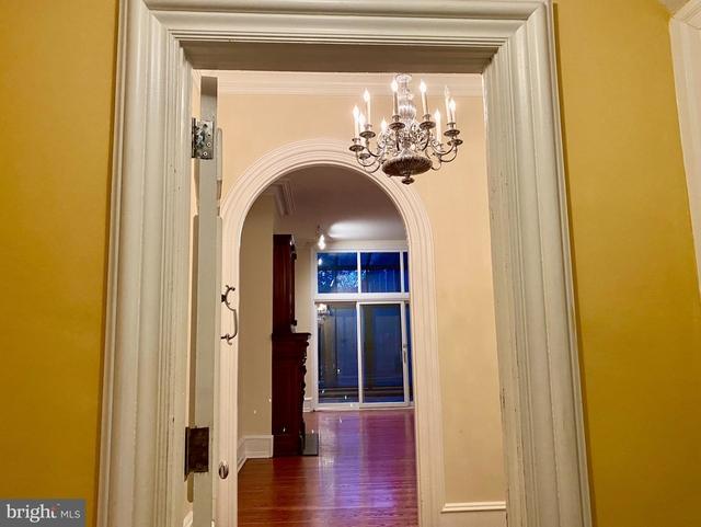 2 Bedrooms, Fitler Square Rental in Philadelphia, PA for $2,994 - Photo 2