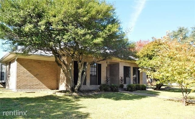 3 Bedrooms, Century Rental in Dallas for $2,210 - Photo 1