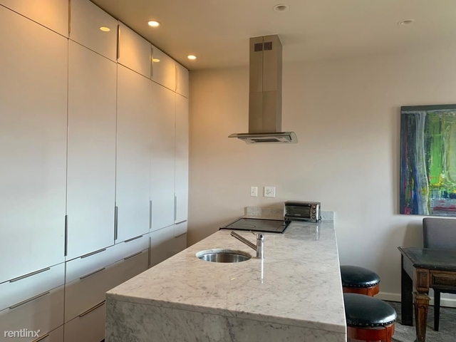2 Bedrooms, Mount Vernon Square Rental in Washington, DC for $3,175 - Photo 2