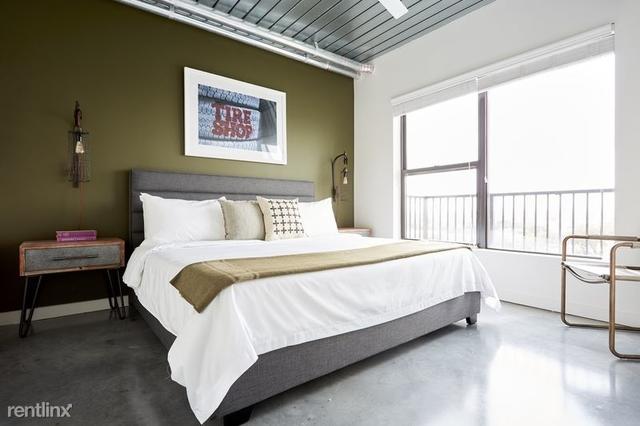 2 Bedrooms, Midtown Rental in Houston for $2,400 - Photo 2