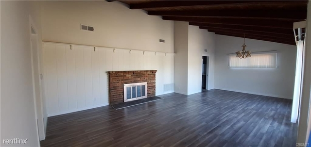 3 Bedrooms, Van Nuys Rental in Los Angeles, CA for $3,700 - Photo 1